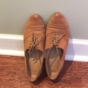 Nude Oxford